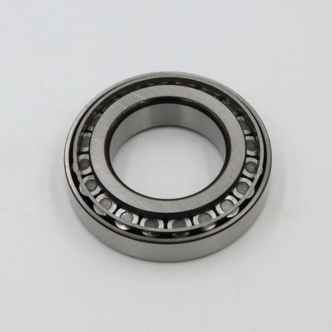 Bearing Original SKF Auto Motorcycle Spare Parts Tapered Roller Bearing Taper Roller Bearing (30203 30204 30205 30203 30207 30208 30209 30210 30211 30212)
